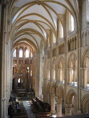 Eglise Abbatiale Notre Dame de Mouzon