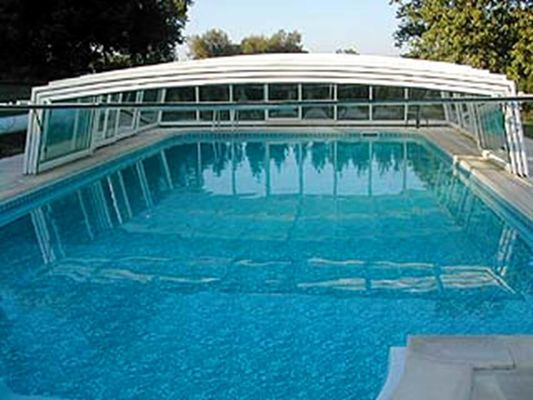 Château de Châtel - piscine