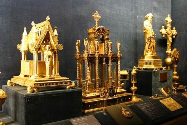 Reims-Palais du Tau-le Trésor