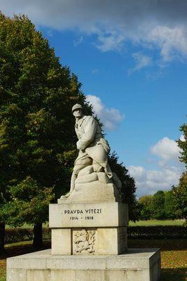 Monument des 21ème et 22ème Régiments de Chasseurs Tchécoslovaques