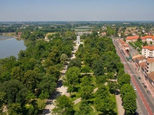 Le Cours Foucault visiter montauban découvrir montauban parc  jardin
