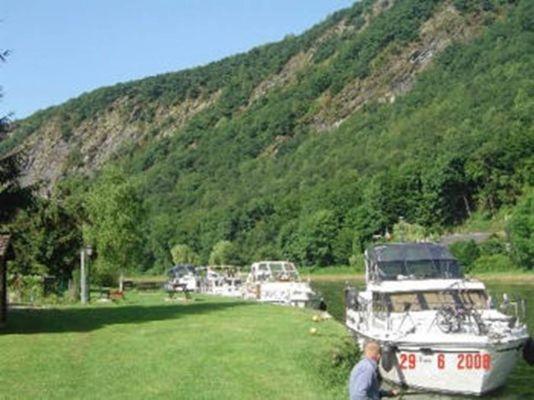 Halte fluviale de Laifour