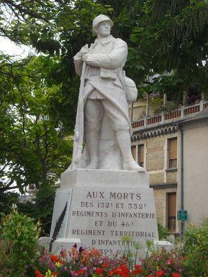 Monument aux morts des 132e et 332e RI et 46e territorial