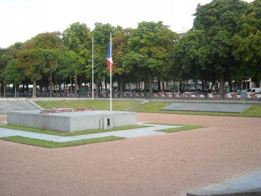 Monument aux martyrs de la Résistance et de la Déportation de Reims