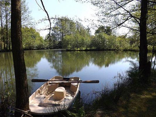 lac avec pêche gratuite pour le séjour