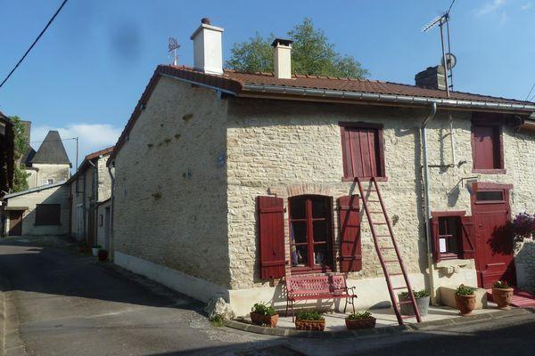"Maison ""Folklore de Champagne"""