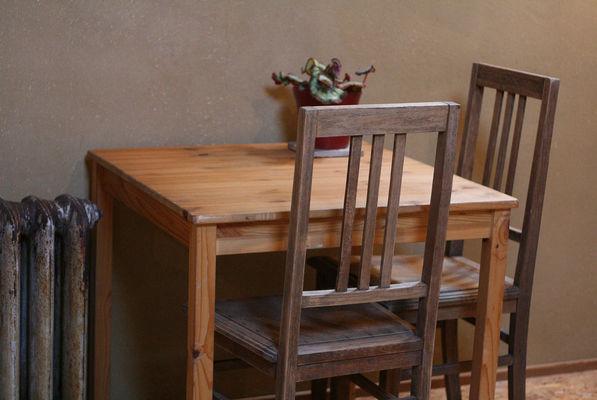 In Motion - Hannut - Table
