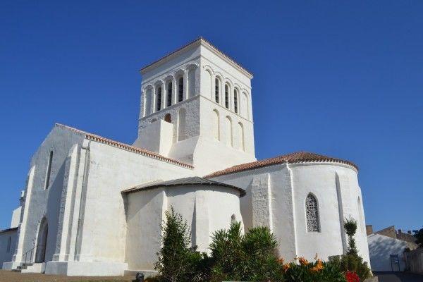 eglise-de-saint-sauveur-ile-d-yeu-f-guerineau-ot-ile-d-yeu-131016