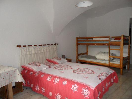 Chambre 1 Meublé BROCHIER Location Ancelle