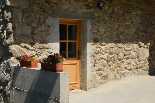 Extérieru Location de vacances Chauffayer Meublé  Mme DUPERRON Léa