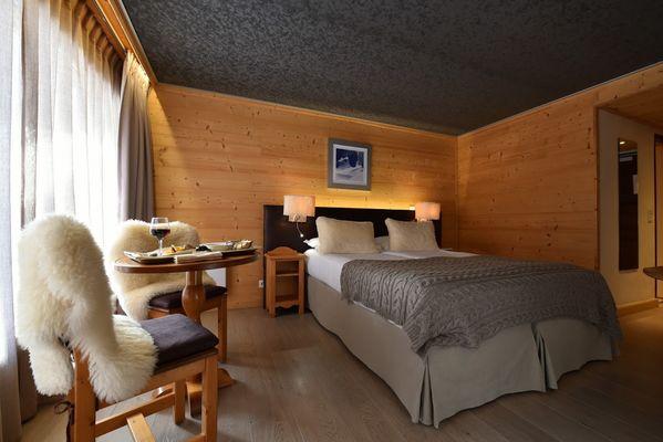 chambre double-Hotel La Chemenaz