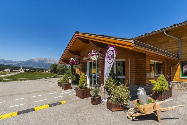 Fromagerie Ebrard à Chabottes, vallée du Champsaur