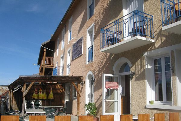 Hôtel les Fauvettes à Saint-Léger les Mélèzes, Champsaur