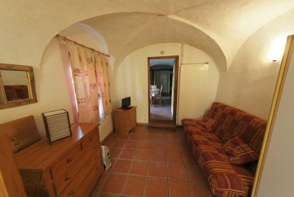 Gite Clouzis Salon Chambre
