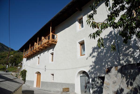 La Maison Abeil-chambres d'hôtes- Hautes Alpes