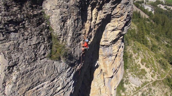 Escalade à Pont du Fossé, vallée du Champsaur