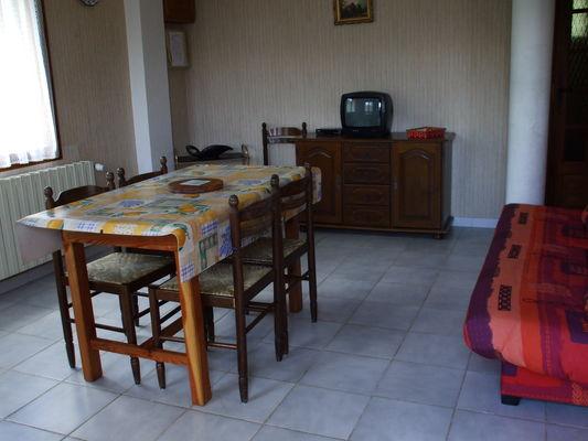 segond marcelle maison 1er tage meubl s et g tes puy saint vincent pays des crins. Black Bedroom Furniture Sets. Home Design Ideas