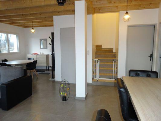 Acces chambre Location Meublé PELLEGRIN Emilie Buissard