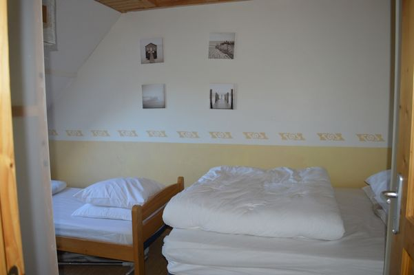 Chambre 2 Meublé Mme RAYNAL Location Ancelle