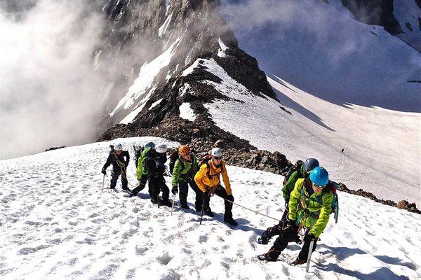 Initiation à l'alpinisme dans le Valgaudemar
