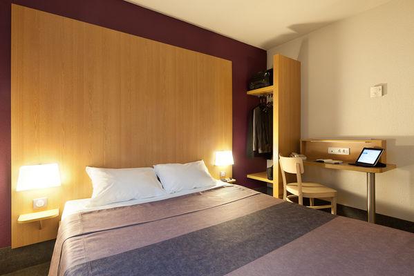 Hotel B&B La Courneuve 93