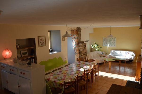 Salon Meublé Mme RAYNAL Location Ancelle