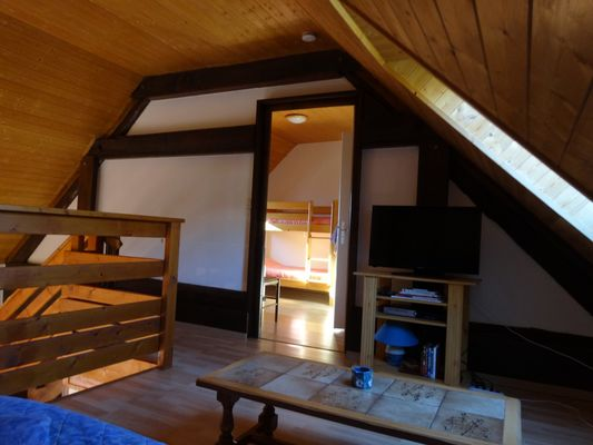 Chambre mezzanine meublé Mme MARTIN Françoise Location Chabottes