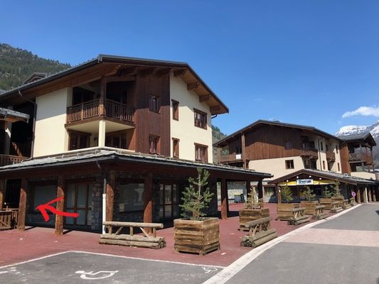 val-cenis-lanslevillard-balcons-village-415