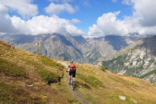 Tour du Champsaur et de la Valgaude VTT Itinérant