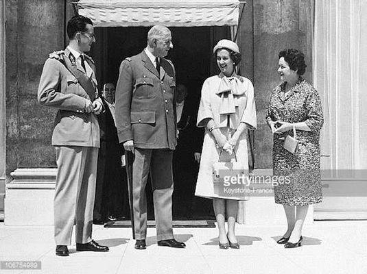 de gaulle et roi baudoin reine fabiola paris 1961 getty images.