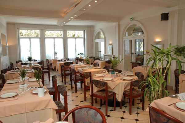 champagne 52 bourbonne les bains hotel orfeuil restaurant 926.
