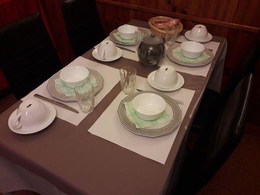 chaumont 52 hotel royal petit dejeuner.