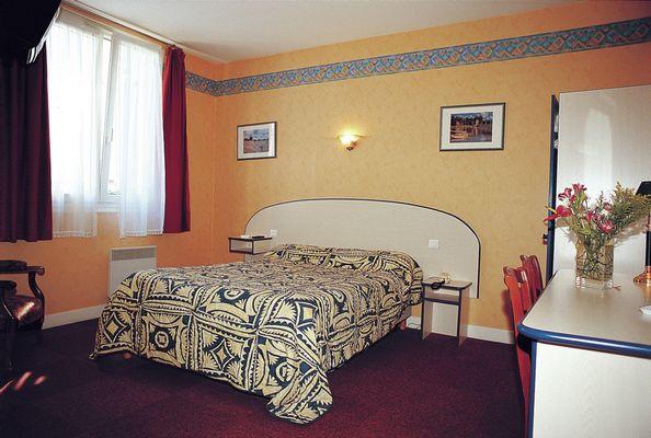 champagne 52 andelot hotel le cantarel chambre 2.