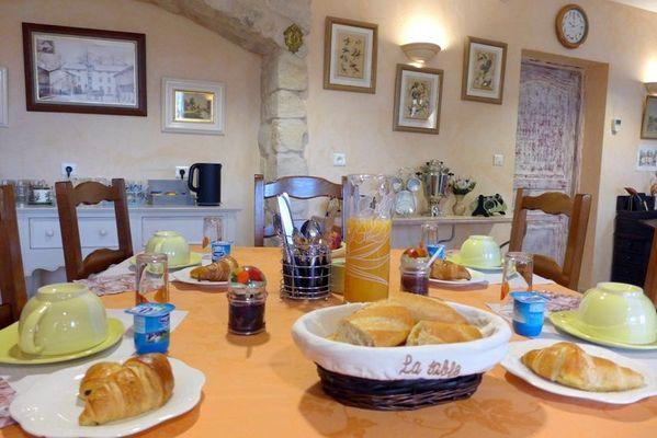 chambre hotes haute marne chamouilley 52g551 petit dejeuner.