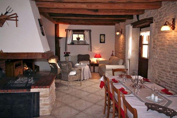 champagne 52 villiers sur suize chambres hotes 52g539 ferme bas bois salle a manger.