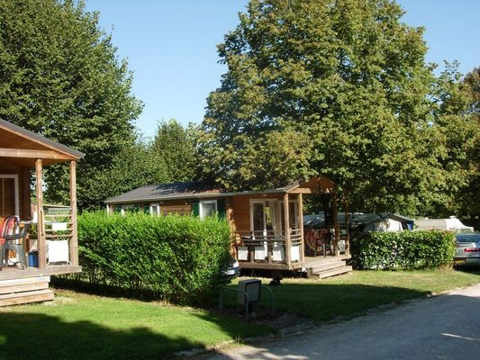 champagne 52 bourbonne les bains camping montmorency chalets 4.