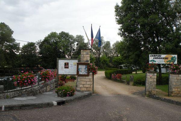 champagne 52 arc en barrois camping le vieux moulin entree 3.