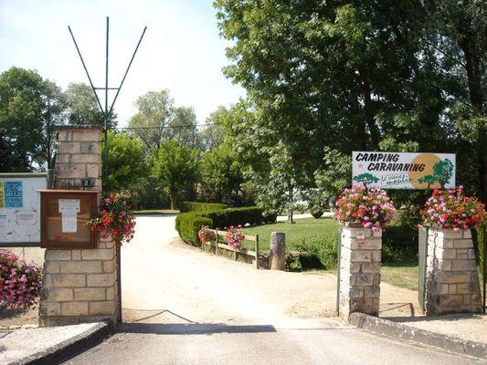 champagne 52 arc en barrois camping le vieux moulin entree 9.