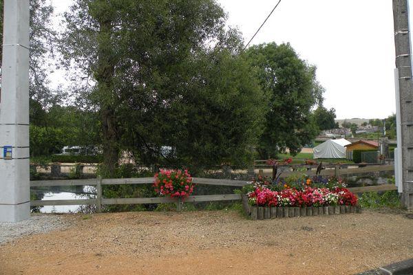 champagne 52 arc en barrois camping le vieux moulin exterieur 7.