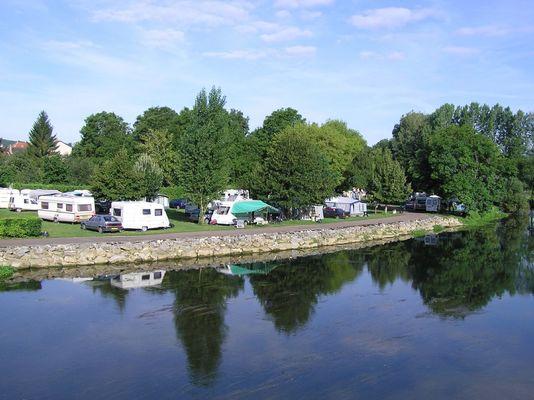 champagne 52 vouecourt camping interieur riviere emplacements 1.