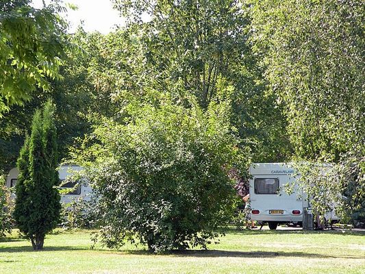 champagne 52 bannes camping hautoreille emplacement.