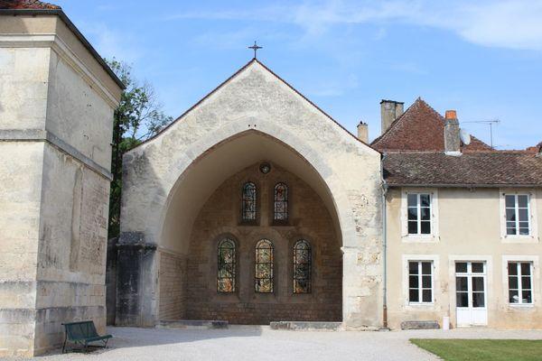 champagne 52 auberive patrimoine religieux abbaye chevet cistercien phl 001.