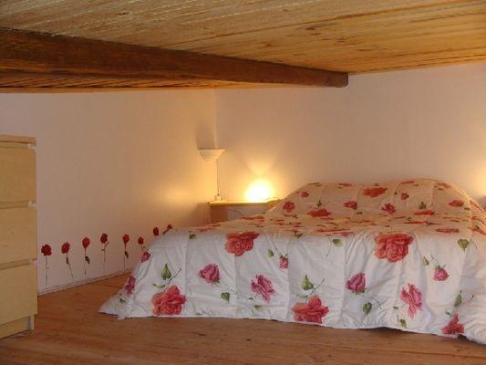 couchage mezzanine - Gîte à La Cachette