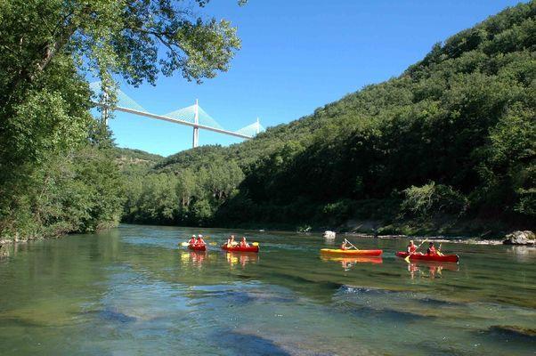 Canoë Evolution2 - Viaduc de Millau