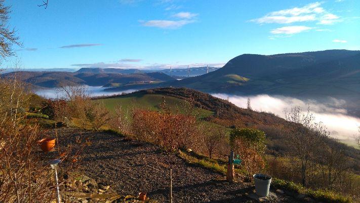 Vue de la terrasse en janvier de la mer de nuage