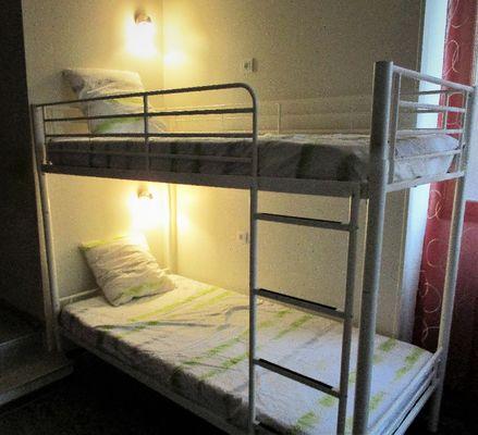 La chambre, coin lits enfants, à chacun son éclairage