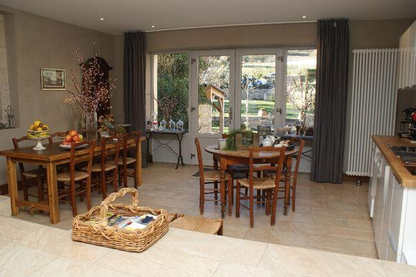 Salle petit déjeuner intérieur