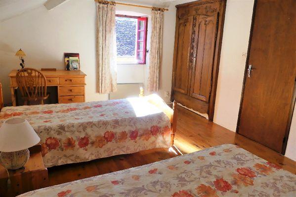 Chambre 2 lits 90