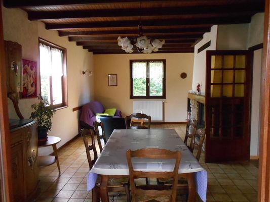 meubl chez jean pierre et annette mougenot la chapelle aux bois pinal tourisme. Black Bedroom Furniture Sets. Home Design Ideas
