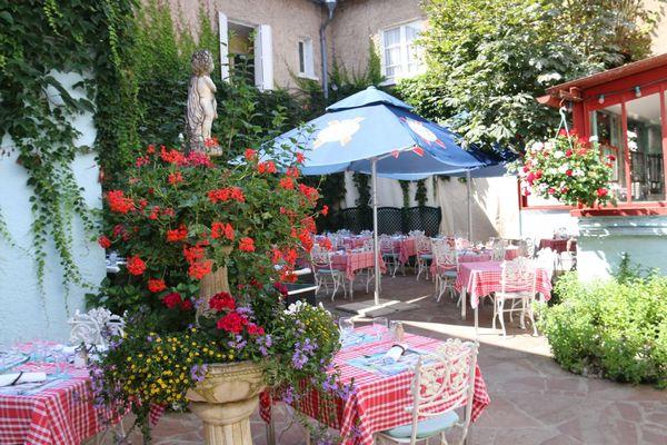 champagne 52 arc en barrois hotel du parc restaurant 4322.